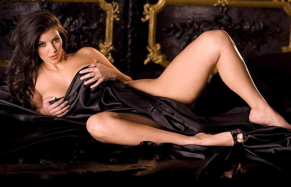 With kim kardashian pics hot bikini busty nude